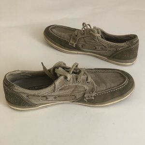 Skecher's boat shoes